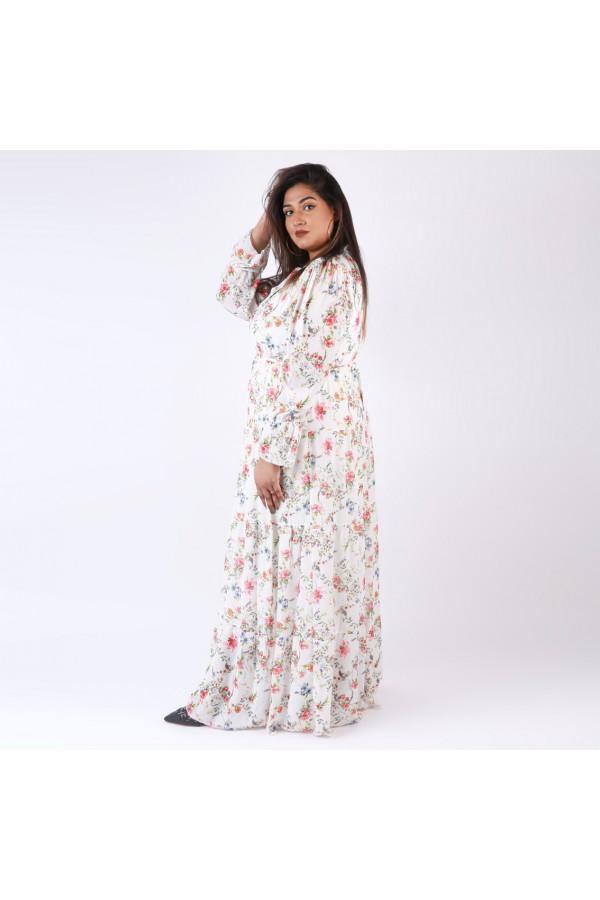 فستان مزخرف بالزهور وياقة فيونكة