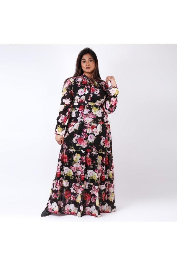 فستان طويل طبقات بأكمام طويلة