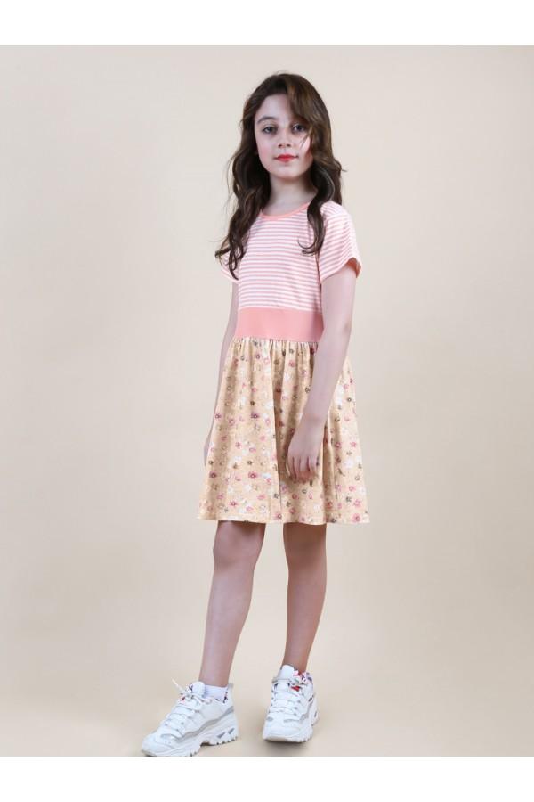 فستان مخطط بأكمام قصيرة وطبعات زهور