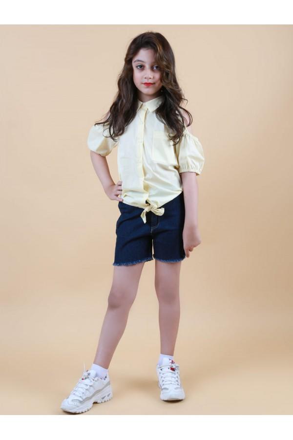 طقم شورت جينز مع قميص  بأكتاف مكشوفة  وربطة
