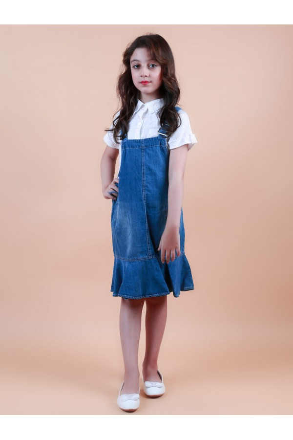 فستان بحمالات قابلة للتعديل مع قميص كاروهات