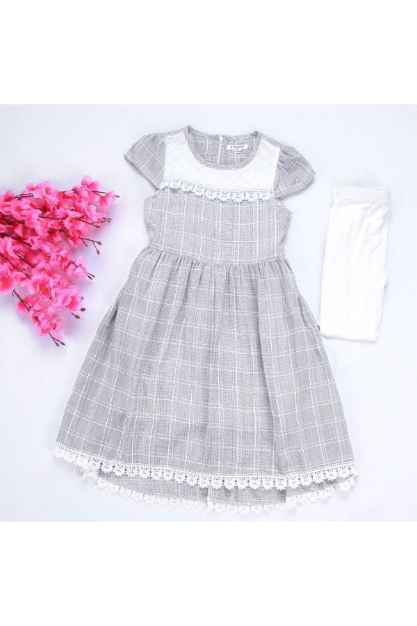 فستان كاروهات بأكمام قصيرة