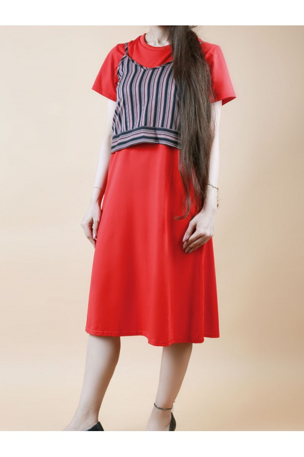 فستان ساده مع بلوزة مخططه بربطة خلفية
