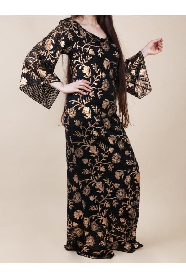فستان طويل  بأكمام واسعة مزين بزهور لامعة