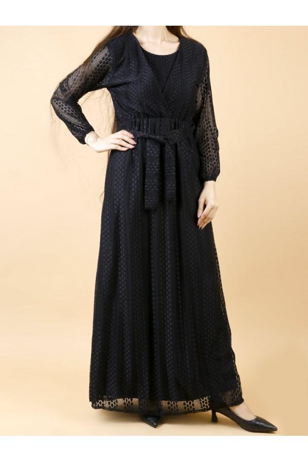 فستان بأكمام طويلة و حزام ربط
