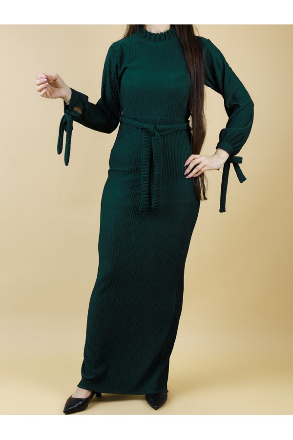 فستان طويل بقصة ضيقة بارز الملمس
