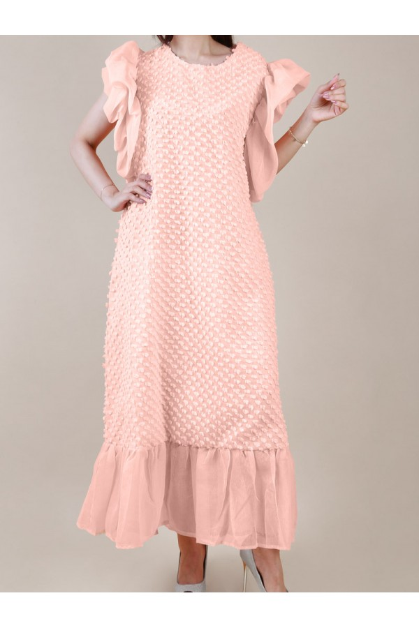 فستان طويل بارز الملمس بأكمام كشكش