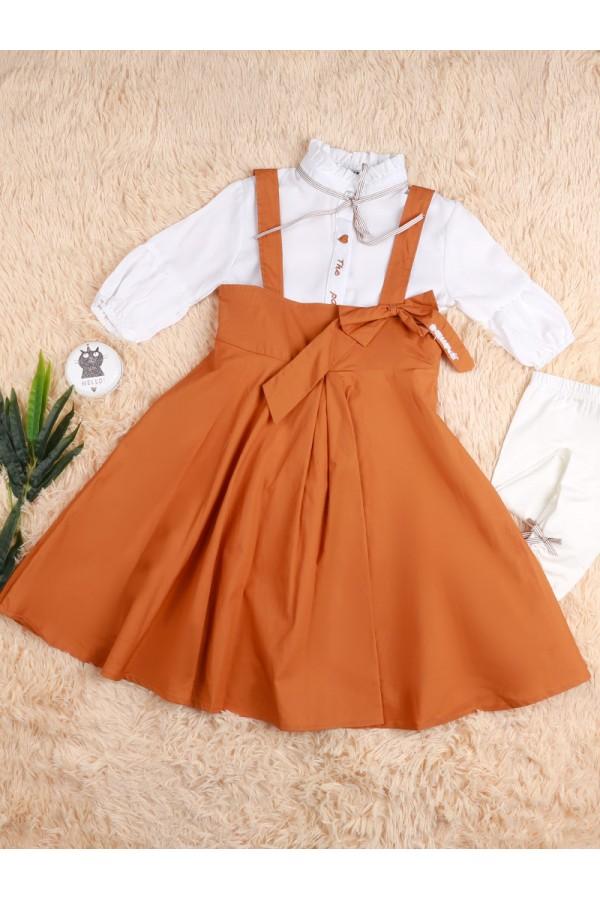 فستان بحمالات مع قميص بياقة عالية