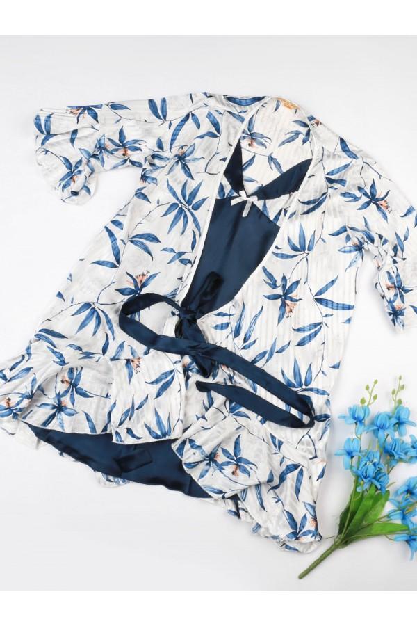 قميص ساتان مع روب  مزين بطبعات زهور