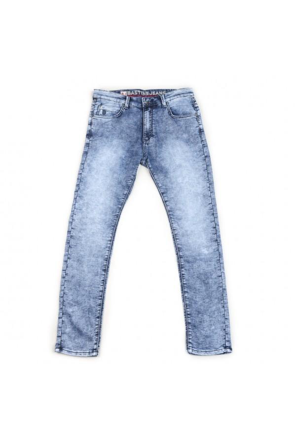 بنطلون جينز سادة  بخصر متوسّط الإرتفاع وجيوب وحلقات حزام
